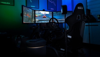 Best Racing Simulator Seat & Cockpits (Review & Buying Guide) In 2020